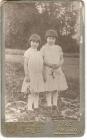 Дочки В.И. Сурикова: Оля и Лена в детстве. 1887 г.